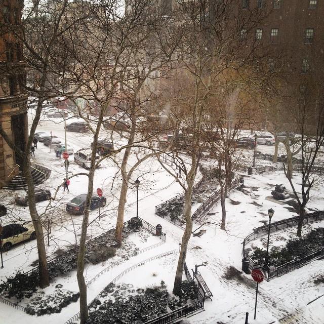 I think it's time to go home… #nyc #blizzard #snow #blizzardof2015 #crazy #omg #gohome #city #white #housestudios #tribeca