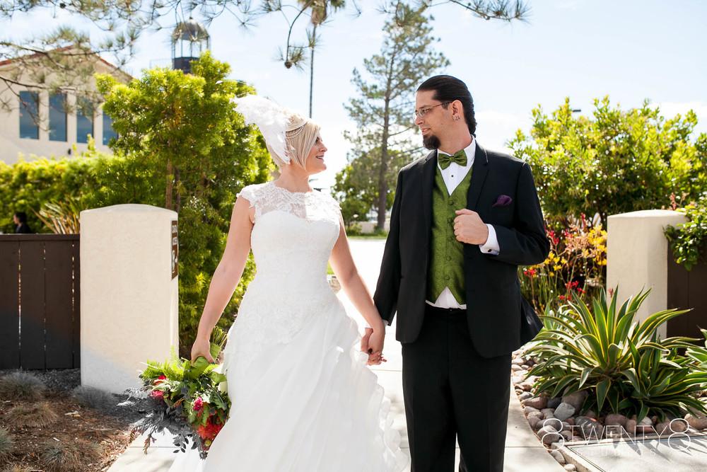 0015-150711-alexis-pete-wedding-©8twenty8-Studios.jpg