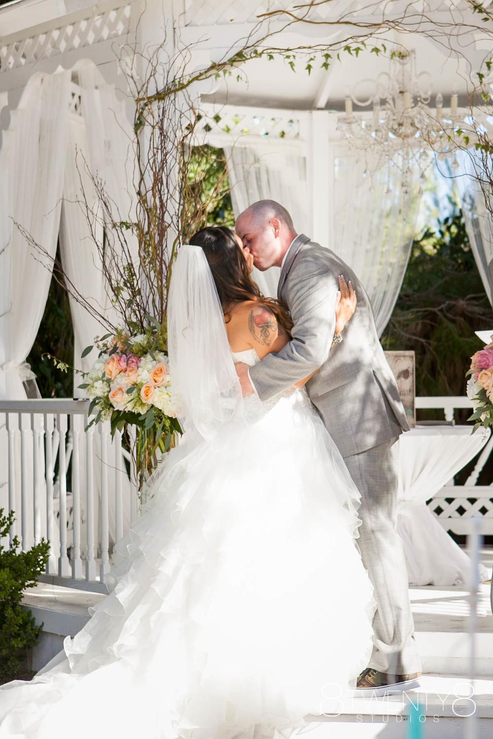 0027-150710-rhea-steve-wedding-©8twenty8-Studios.jpg