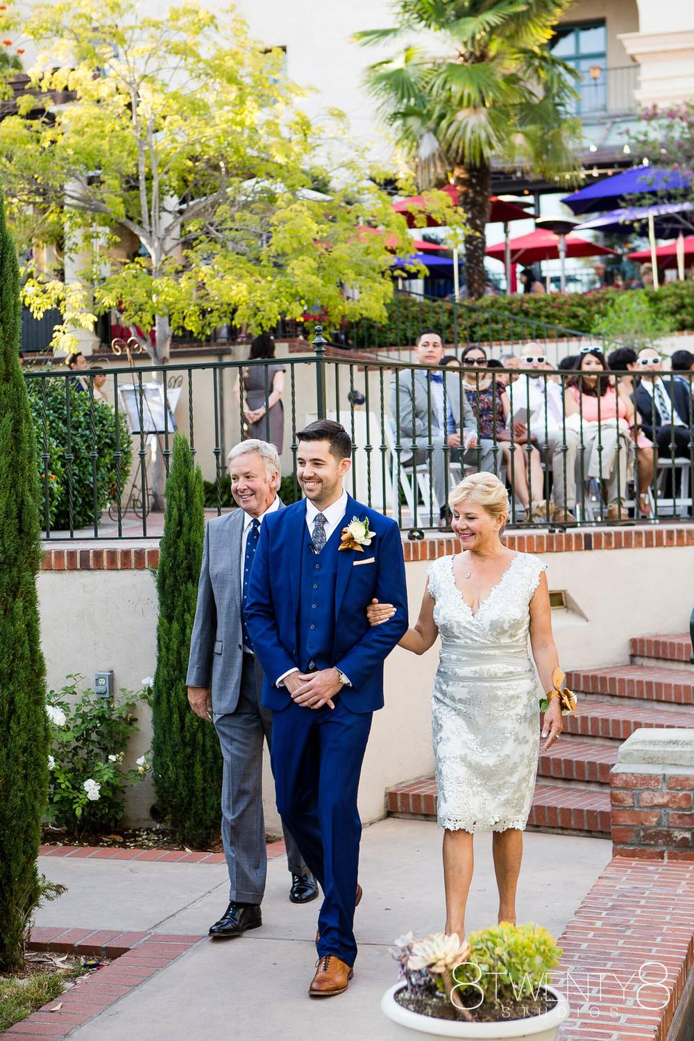 0028-150802-malia-john-wedding-©8twenty8-Studios.jpg