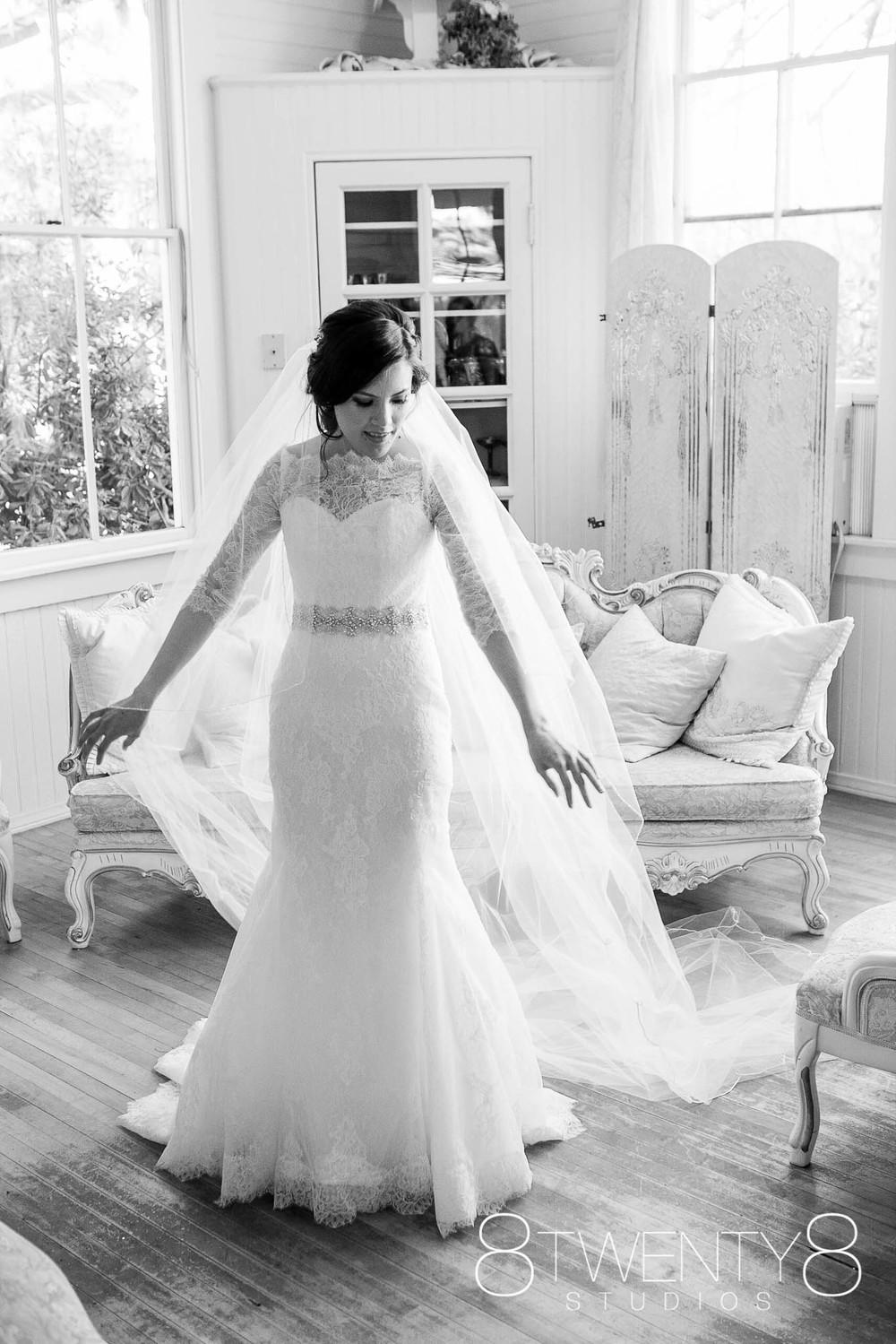 160116-katherine-matthew-wedding-©8twenty8-Studios-0010.jpg
