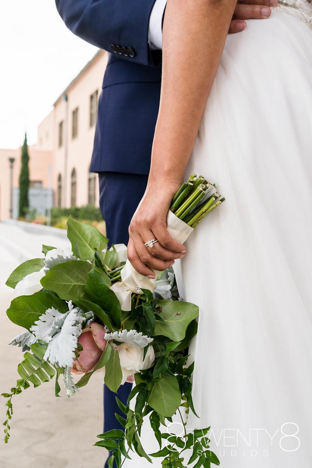 160520-andrea-vincent-wedding-©8twenty8-Studios-0037.jpg