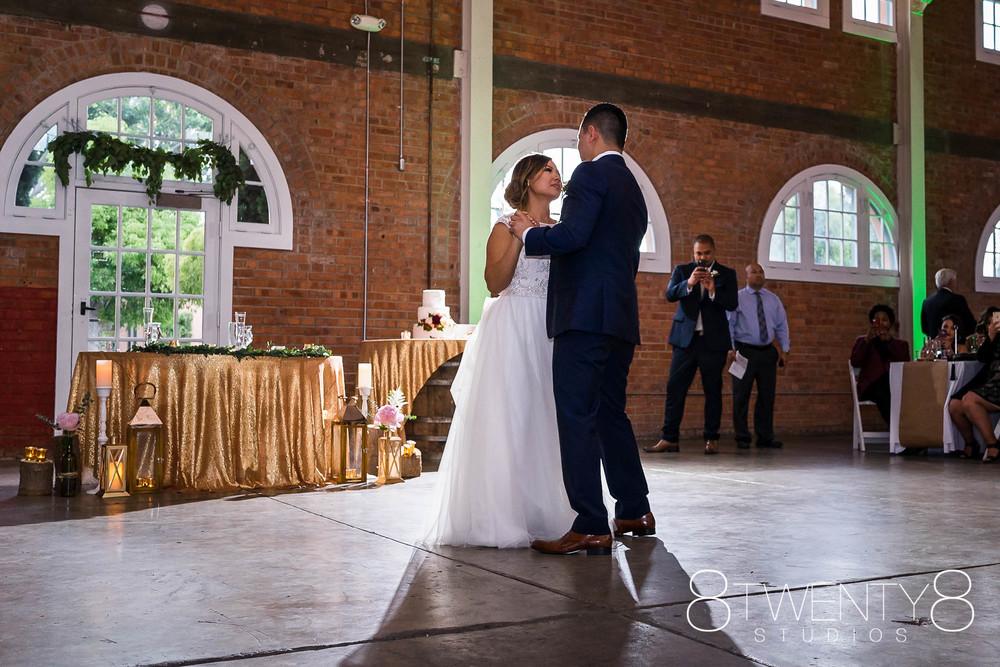 160520-andrea-vincent-wedding-©8twenty8-Studios-0040.jpg