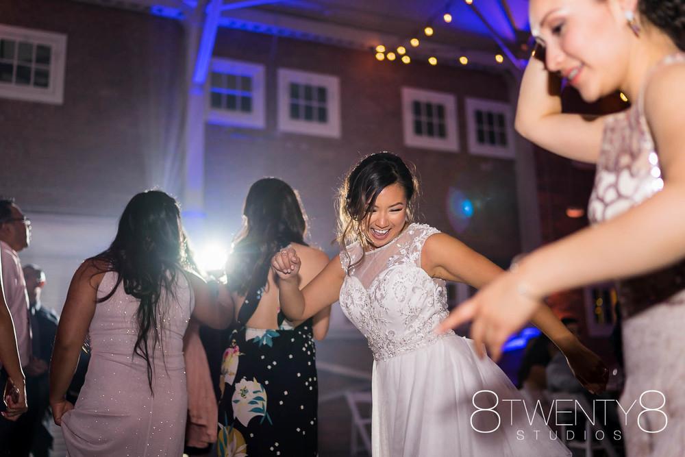 160520-andrea-vincent-wedding-©8twenty8-Studios-0043.jpg