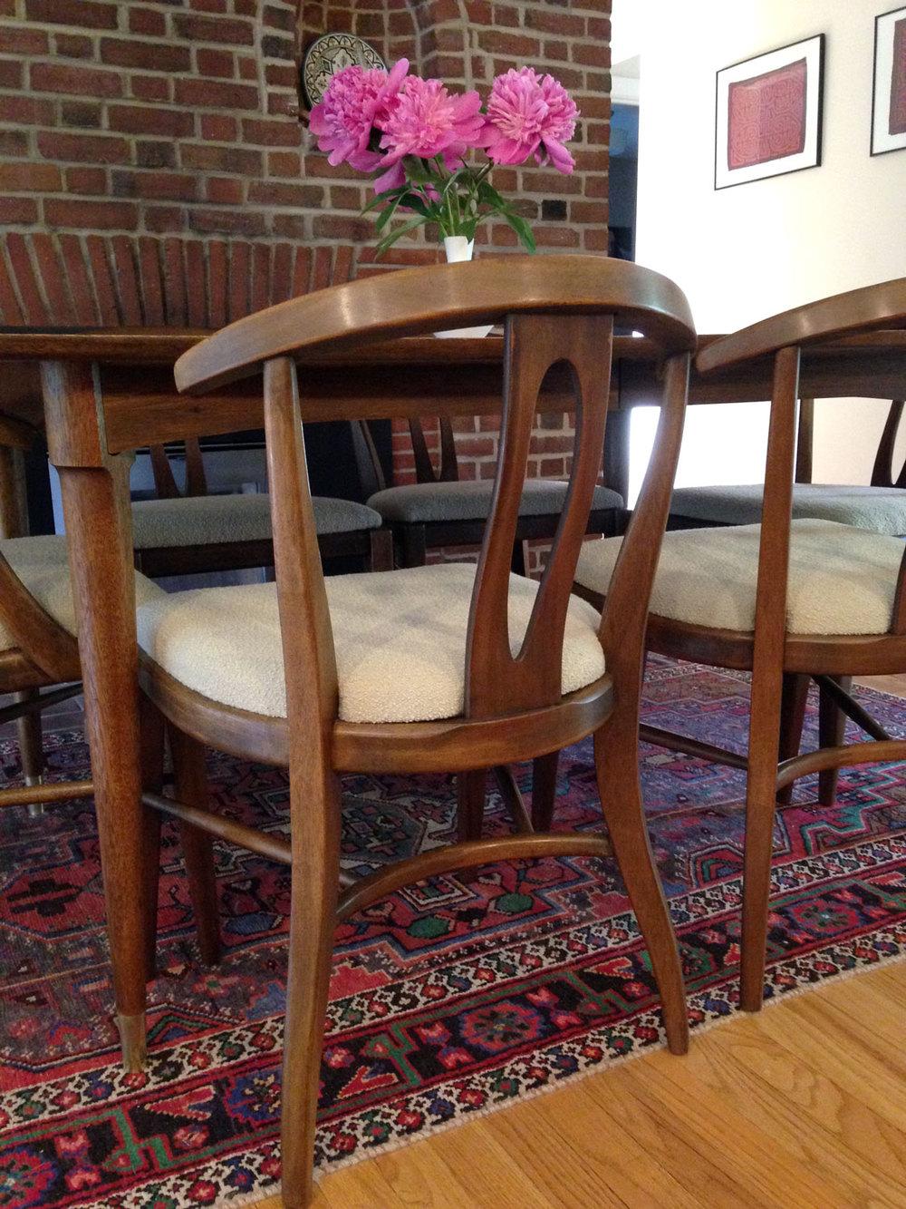 dining2_chair.jpg