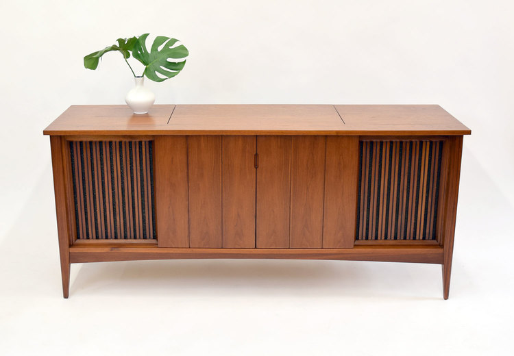 Fabulous Mid Century Stereo Cabinet Console Credenza