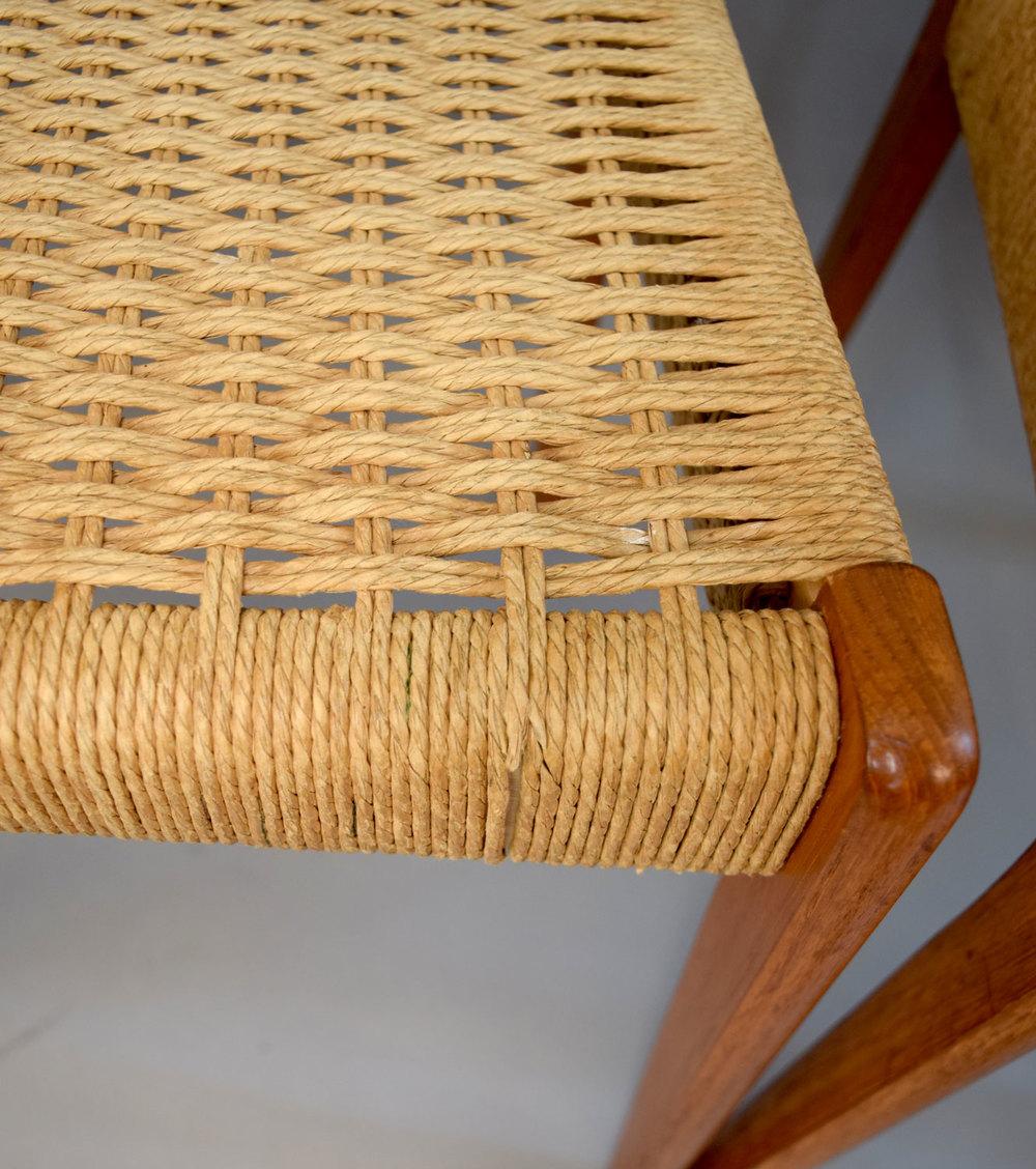 chairscord2.jpg