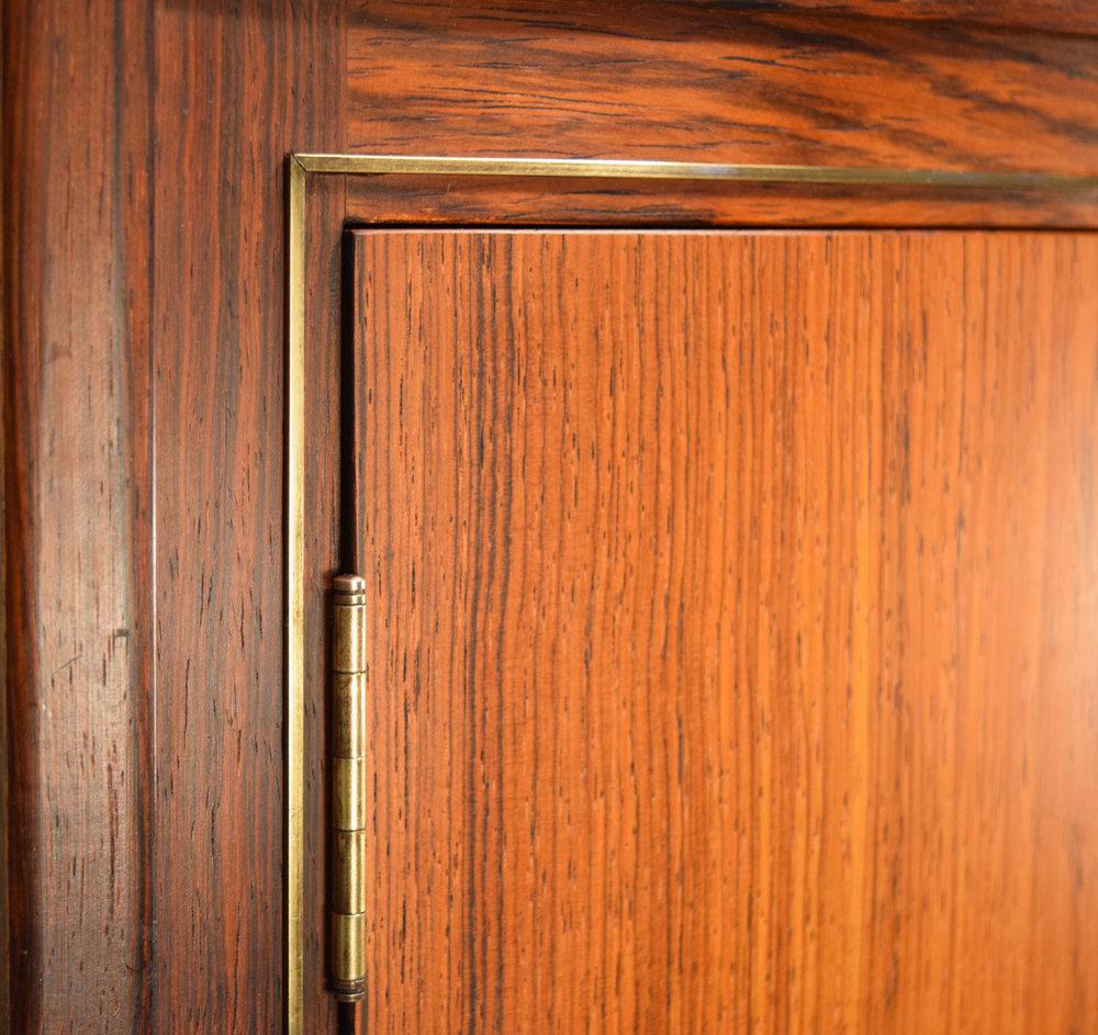 corner_detail.jpg