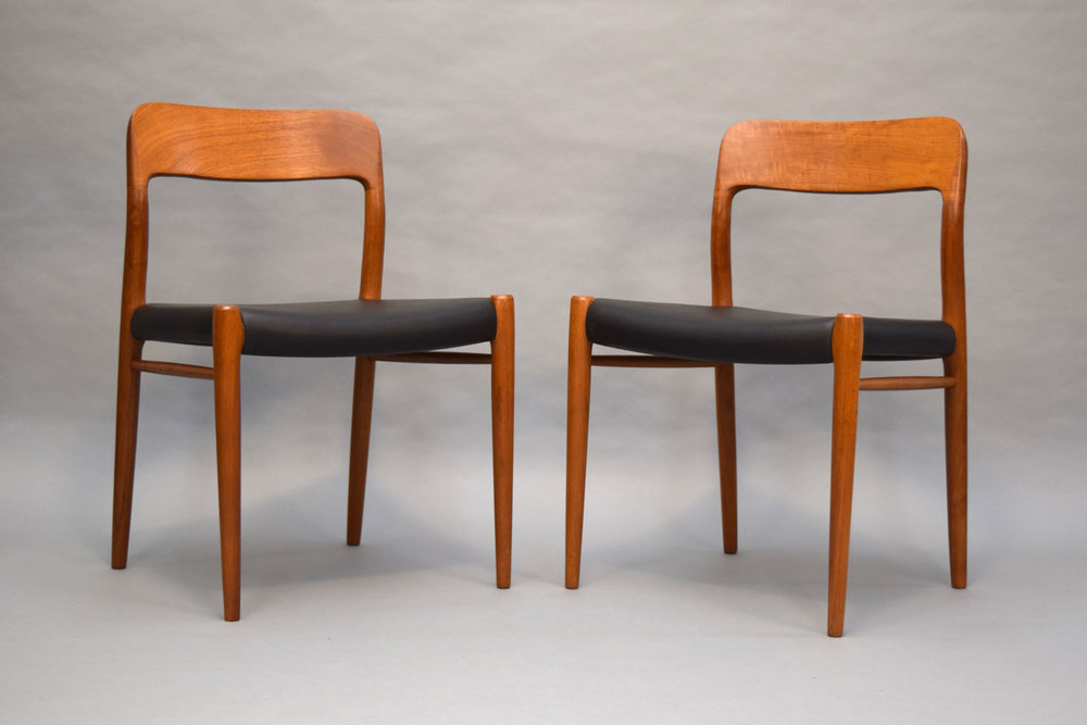 Exceptionnel Pair Of Niels Møller #75 Teak Dining Chairs   SOLD