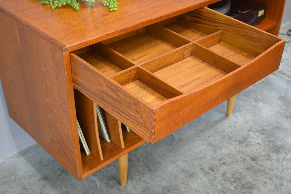stereo_drawer.jpg