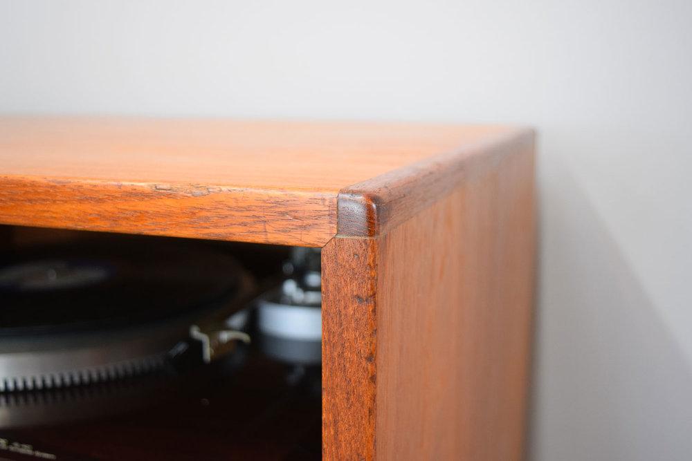 stereo_corner.jpg