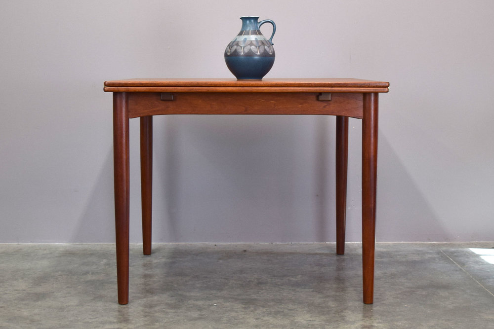 BØRGE MOGENSEN FLIP-TOP EXPANDING TEAK DINING TABLE