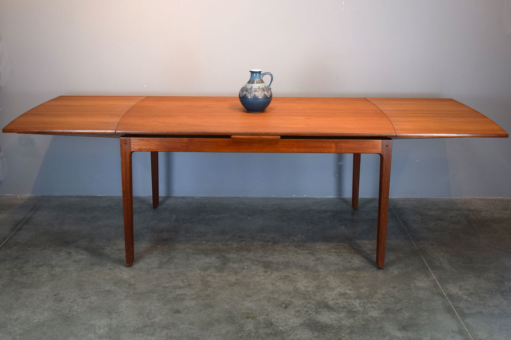Ole Wanscher Dining Table