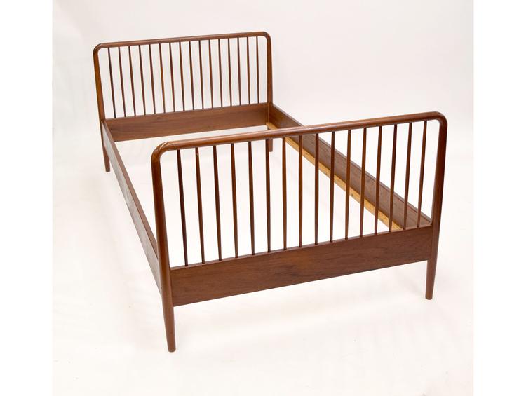 Ole Wanscher Bed