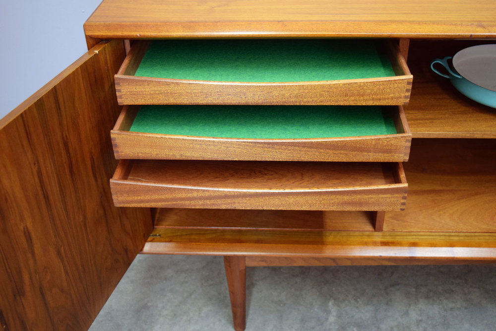 ped_drawers.jpg