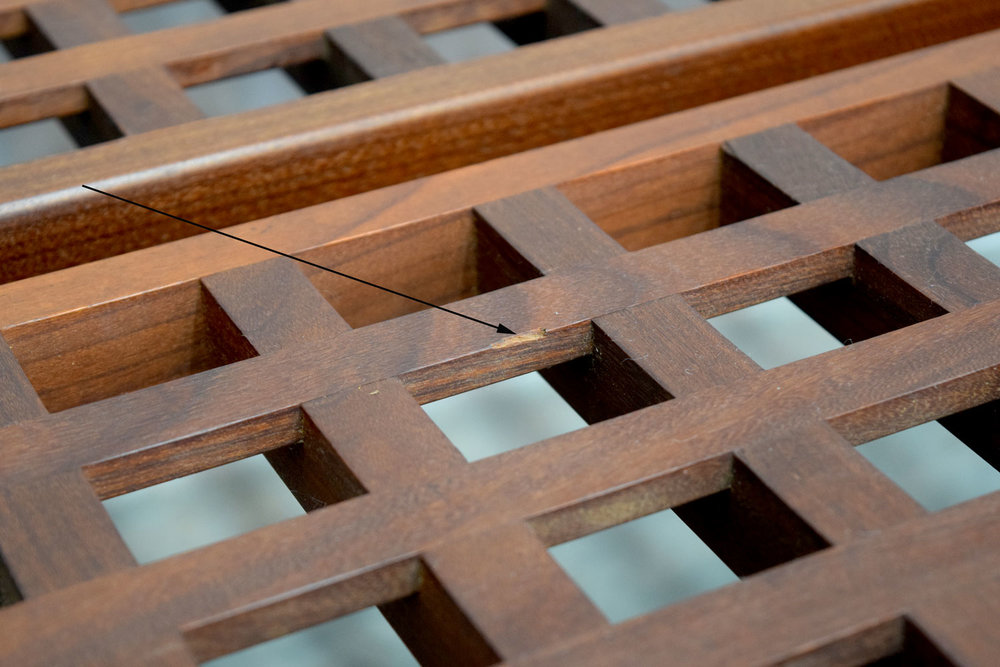 benches_chip.jpg