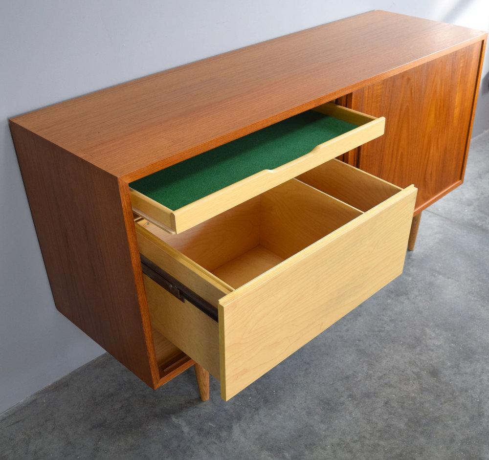 hund_drawers.jpg