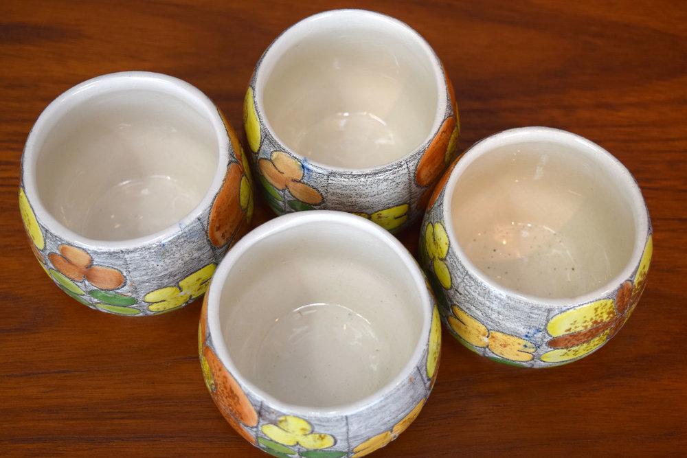 set_cups.jpg