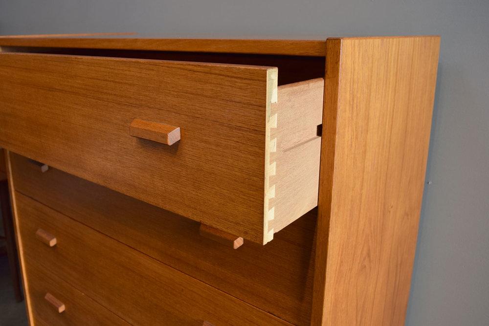 dresser_drawer.jpg