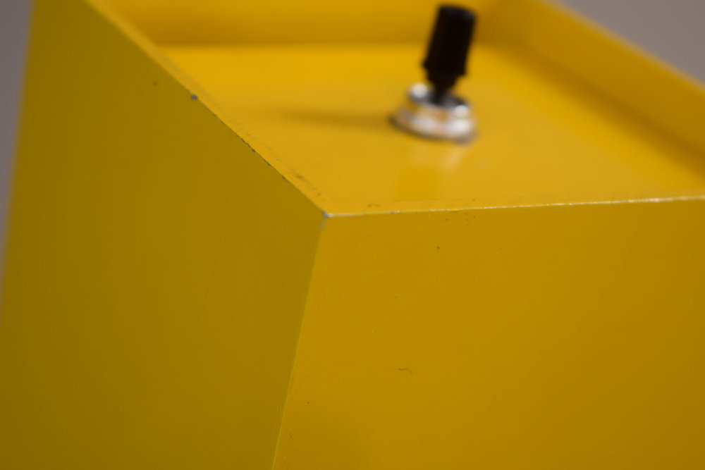 yellow_wear.jpg