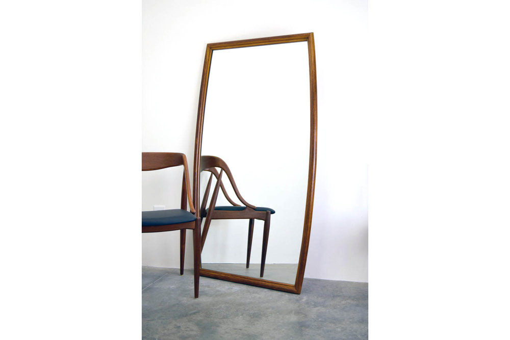 mirrorwide.jpg