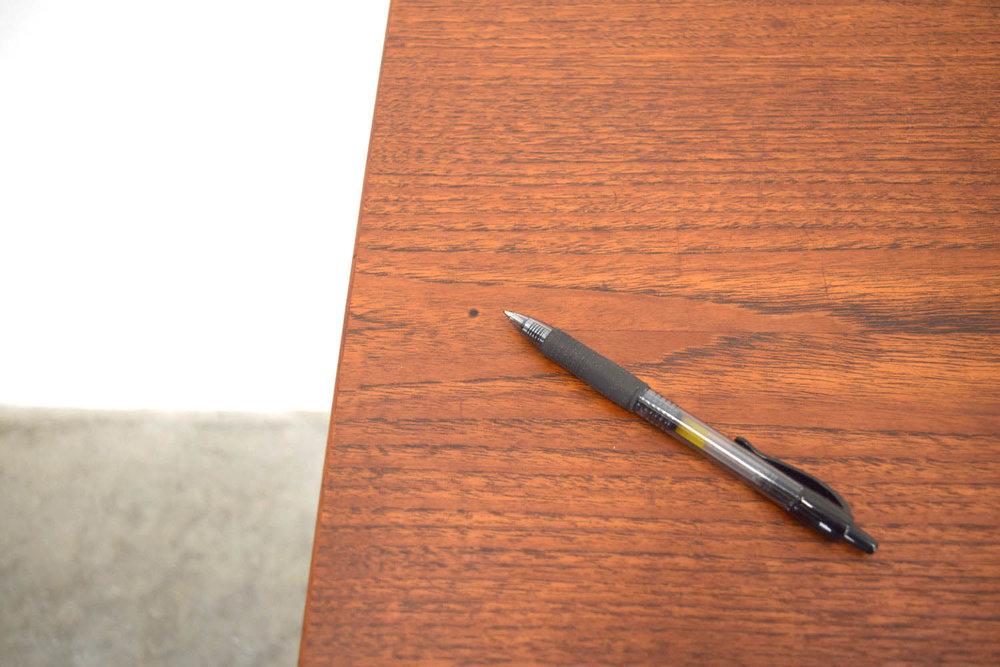 desk_burn.jpg