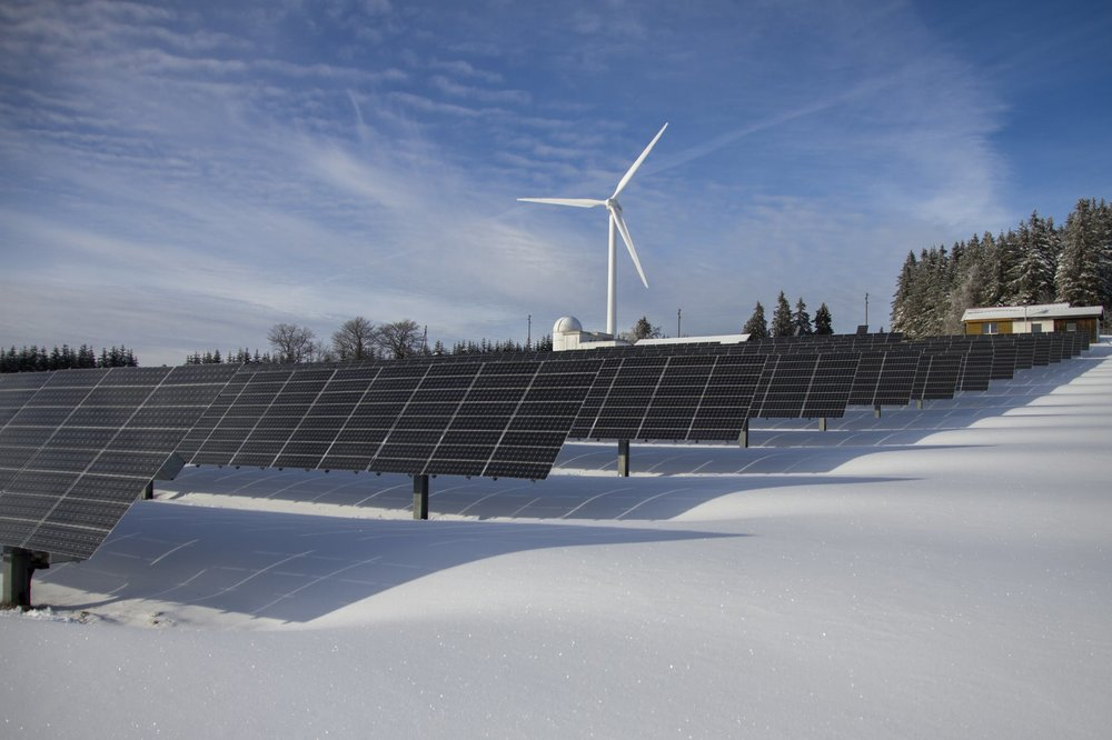 According to Emerald Award-winning solar power expert, Gordon Howell, Alberta's harsh winters should pose little issue for solar energy systems.