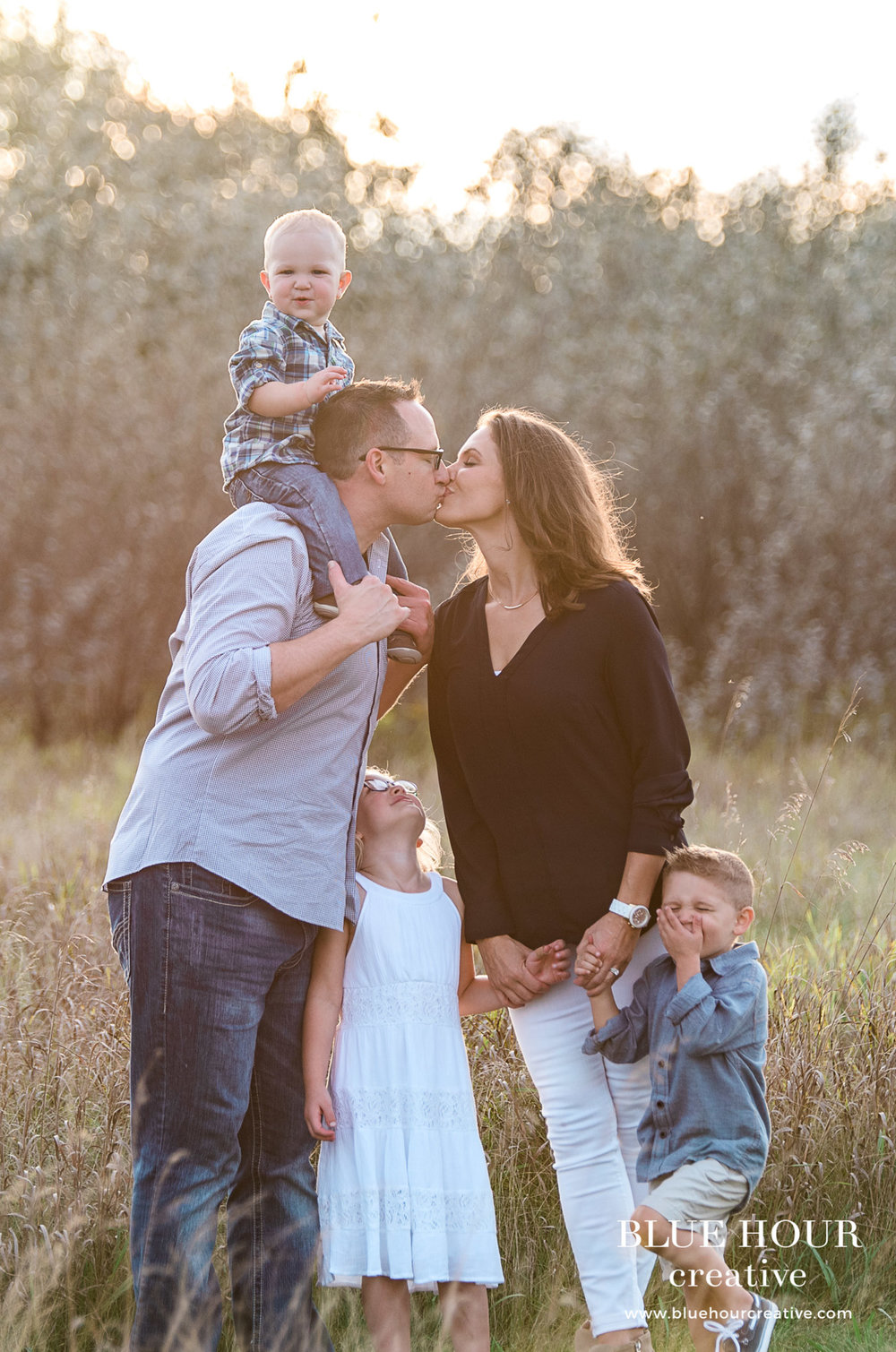 bluehourcreative-family-fun-golden-hour-session-11.jpg
