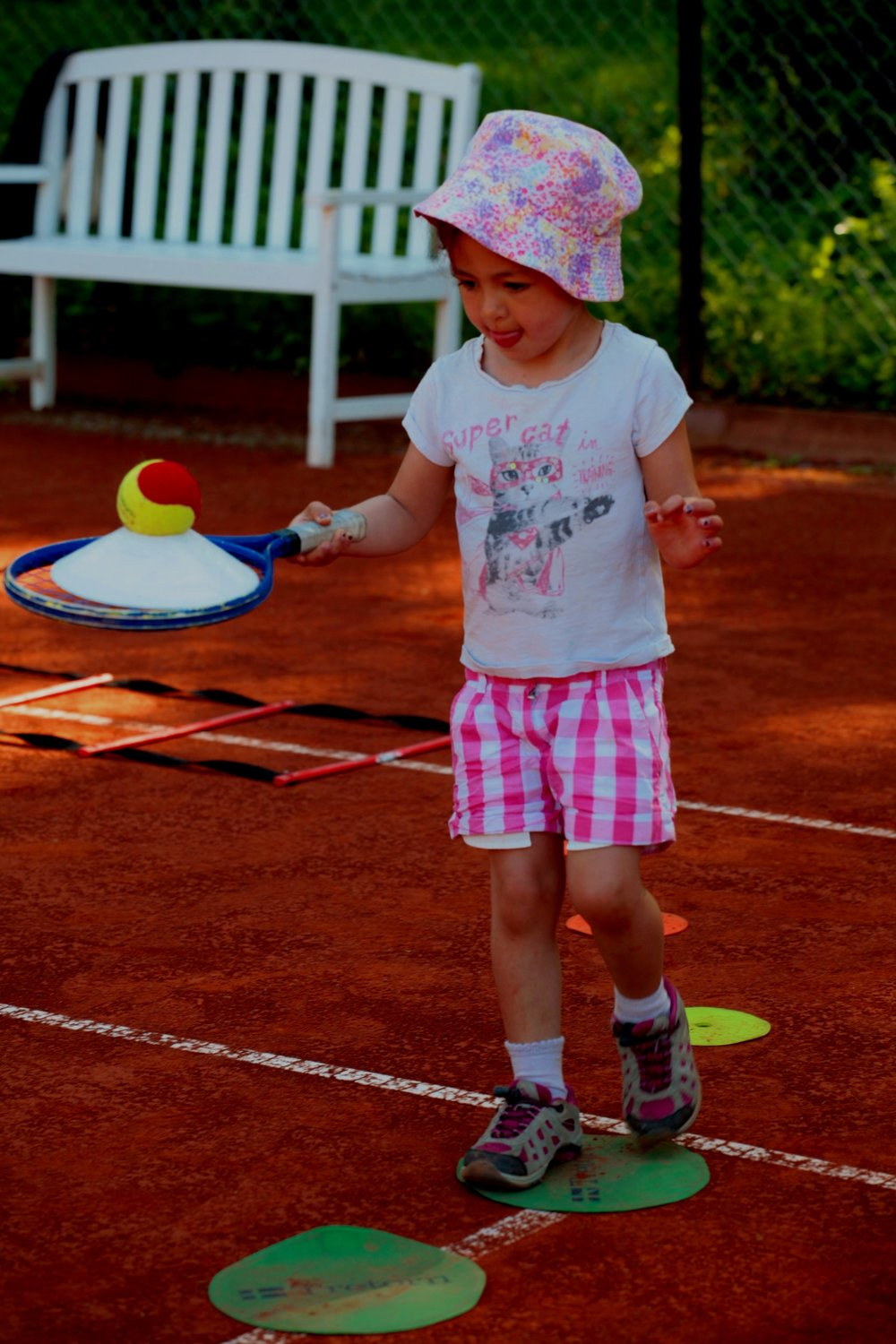 TENNIS FOR BARN -