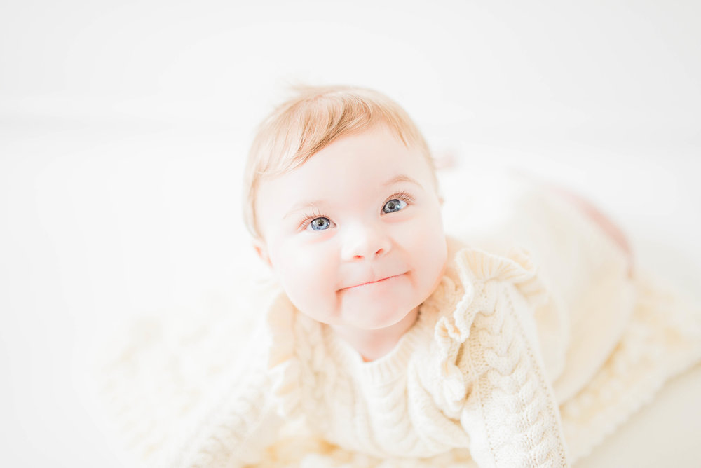 Light, Airy, Simple and Natural Noblesville Newborn Photography Studio