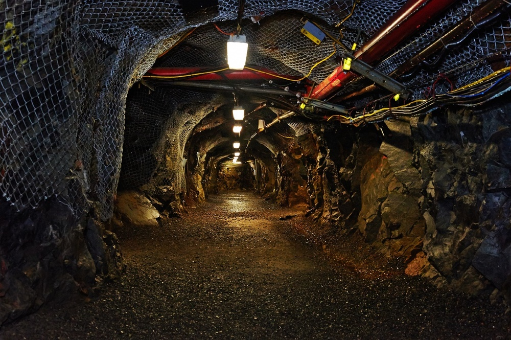 Dynamic-Earth-mining-tunnel-Big-Nickel-Sudbury-ON.jpg