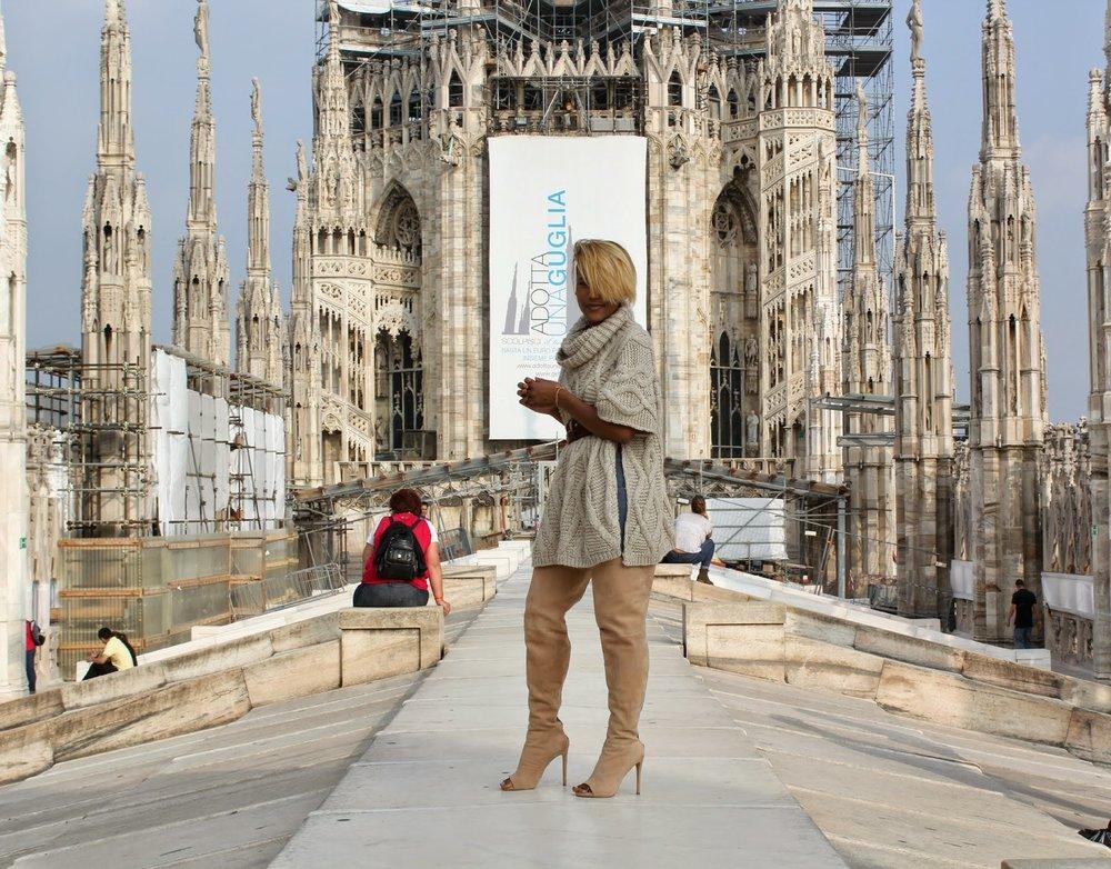 Krystin2BHargrove_DC2BBlogger_Black2BGirls2BTravel_Milan2BItaly_Duomo_Black2BStyle2BBlogger_3.jpg