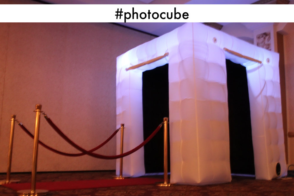 The Photo Cube with color changing lights