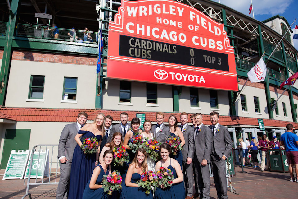 Chicago+Wedding+Photographer+Wrigley+Field-6.jpg