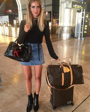 No one other would we take airport inspiration from than Chiara Ferragni. The Italian star blogger travels all around the globe and always puts together ...