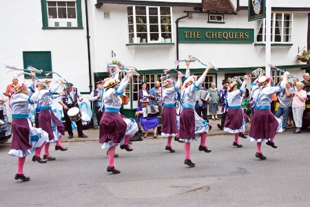 Morris at the Chequers.jpg