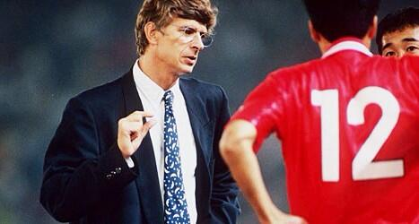 Arsène Wenger  - Winner of the Emperor's Cup & J League Super Cup in 1996 with  Nagoya Grampus .