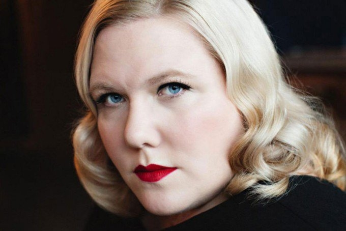 """I'm tired of thinkpiece-ing"": Lindy West talks Trump, trolls and the joy of not reacting - Junkee"