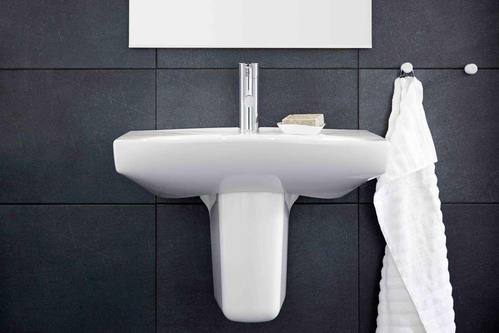 7362-ifo-sign-wash-basin-showroom13.jpg