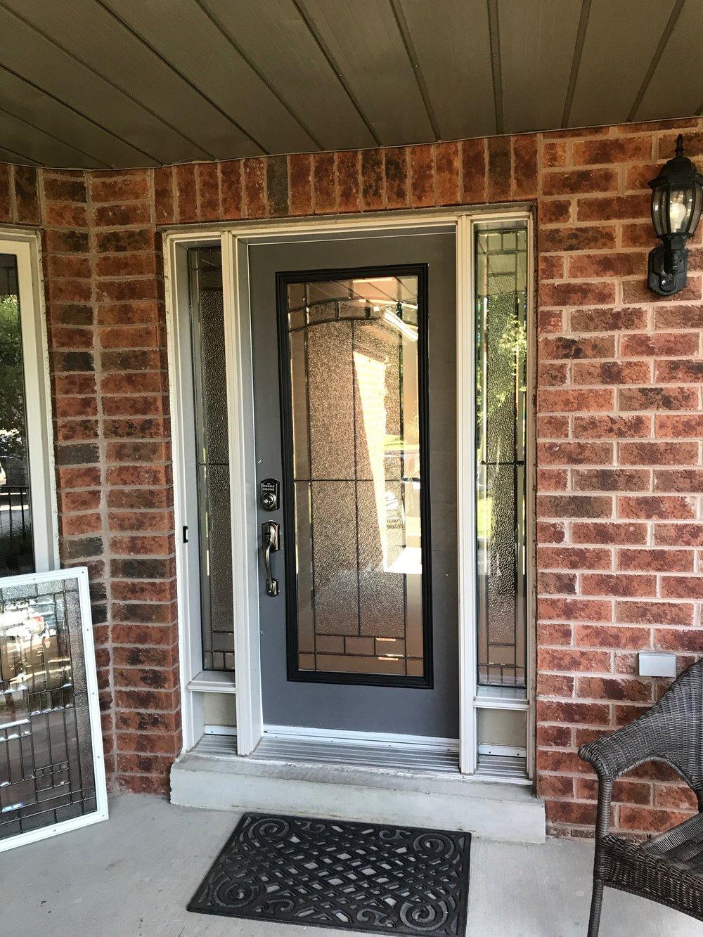 Ashbourne-decorative-glass-door-inserts-bradford-Ontario
