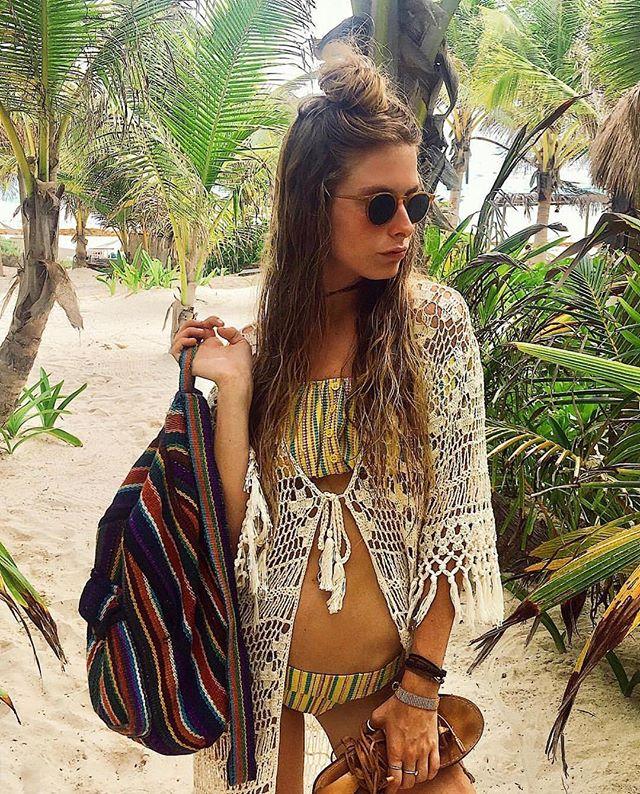 Beach Weather 😎🌴#crochet#annakosturova#lisamariefernandez#mexico#beach#resortwear