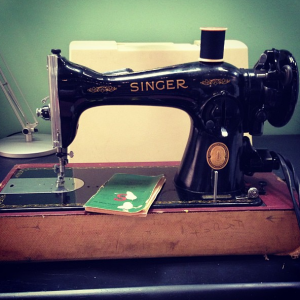 1953 vintage Singer sewing machine