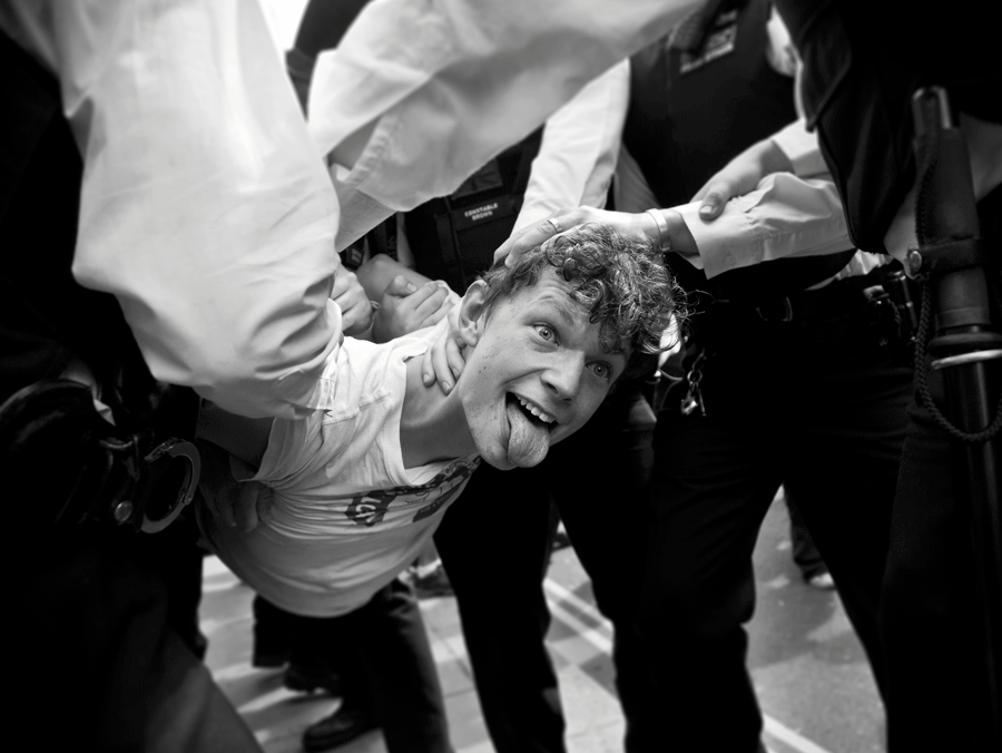 Marc_Ayres_Photojournalism_Protest_Riot_12.png