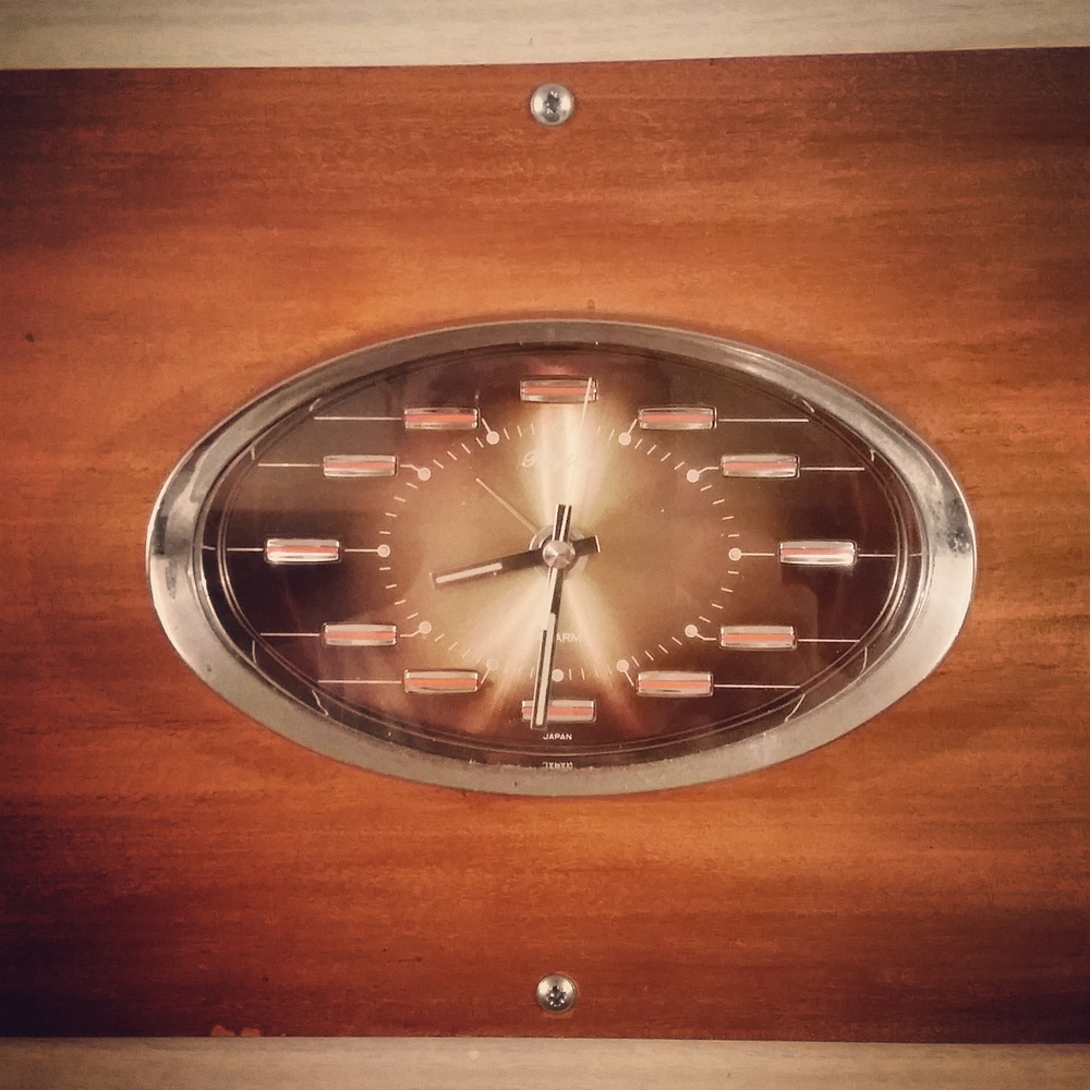 Vintage-ness - a wind up clock