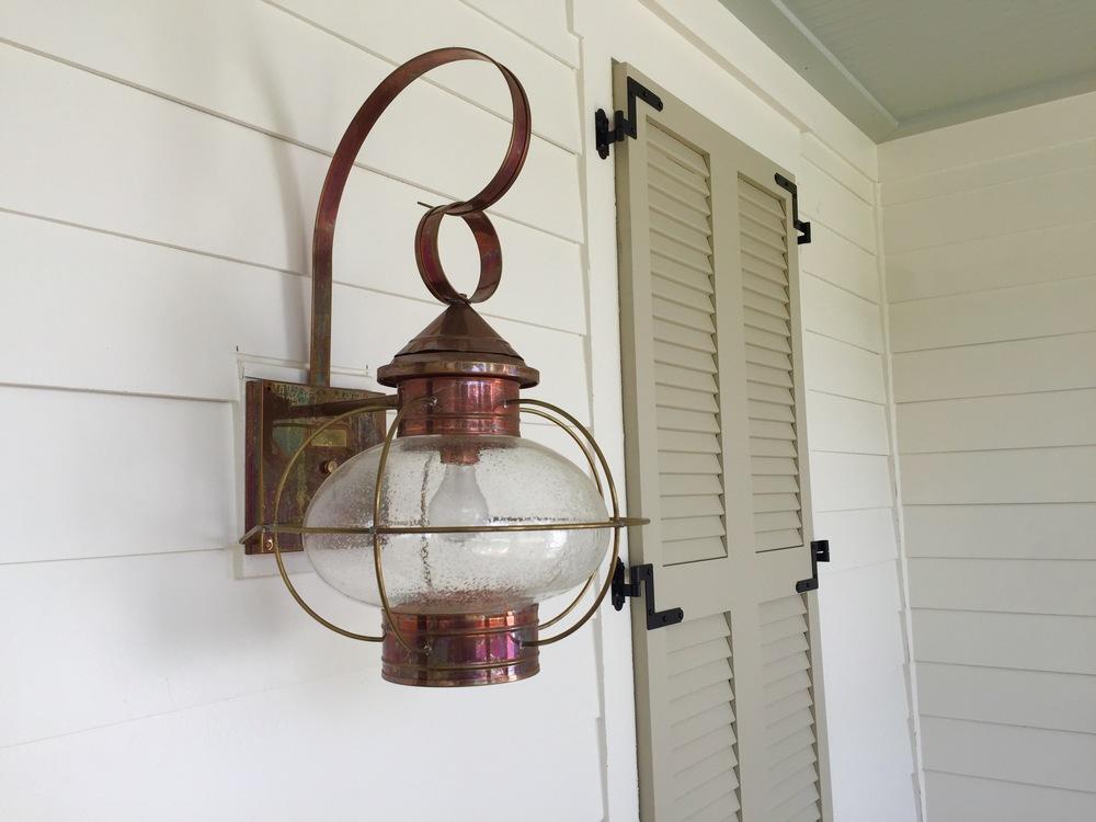 lantern:shutter.jpg