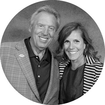 John Maxwell & me. I'm on the right :)