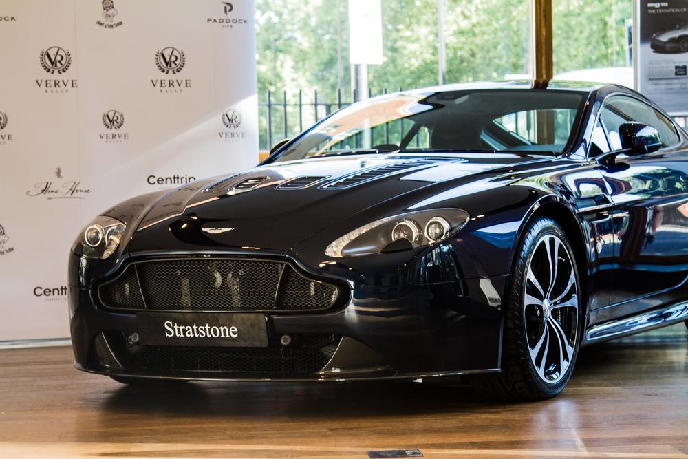 VR-AstonMartin-1.jpg