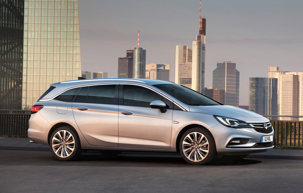 Vauxhall reveals all-new Astra Sports Tourer