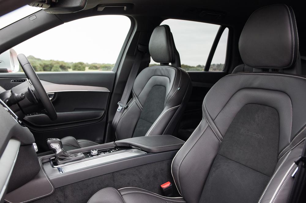 169444_Volvo_XC90_R_Design.jpg