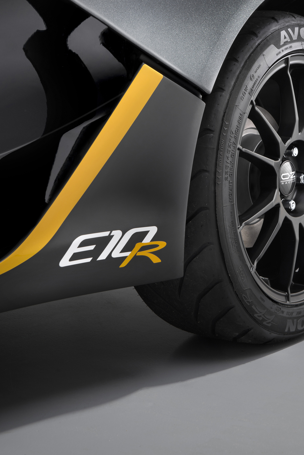 Zenos plans more powerful E10 'R'